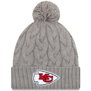 Kansas City Chiefs New Era Women's Swift Cable Cuffed Knit Hat with Pom